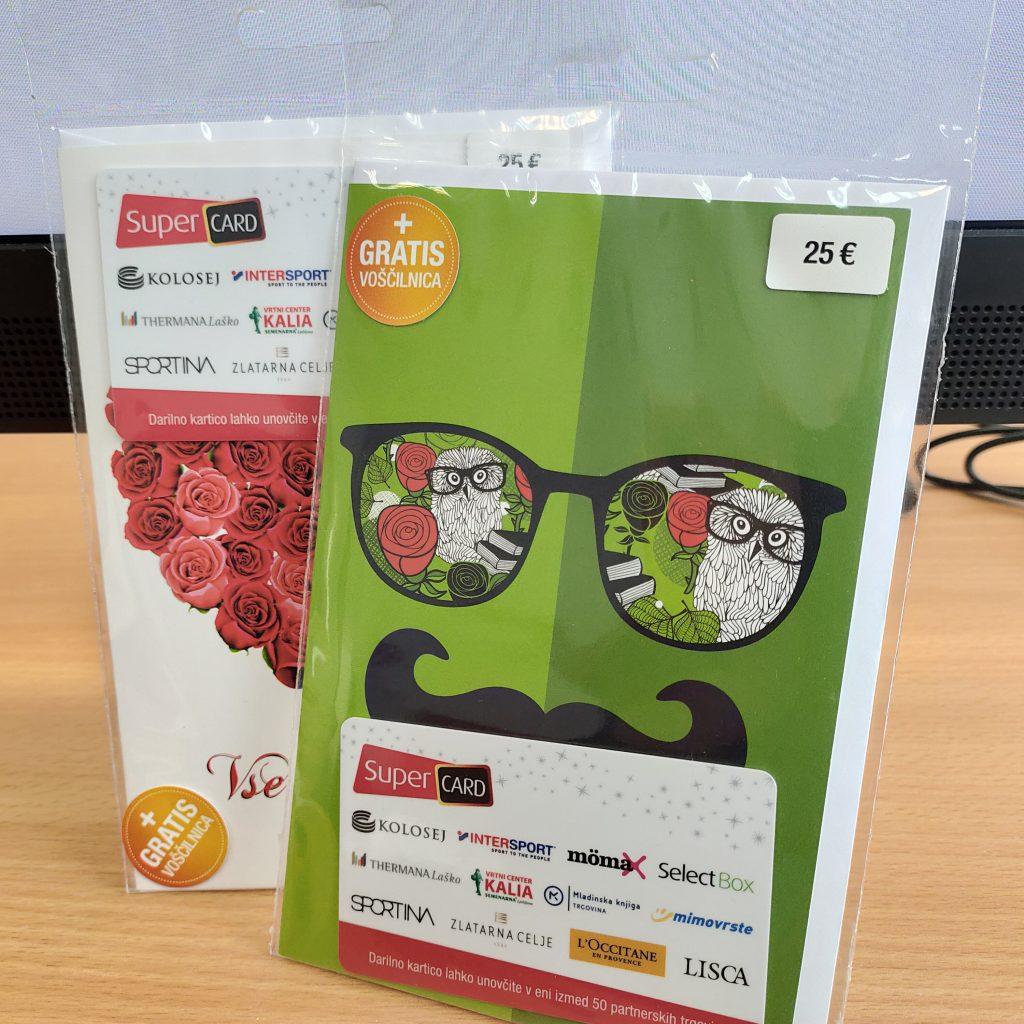 Darilni kartici, ki sta jih prejela zmagovalca izzivov DŠIS fitnesa sivih celic