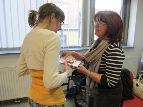 Obisk dr. Dovnikove, ki je bila pediatrinja otrok s posebnimi potrebami v Mariboru