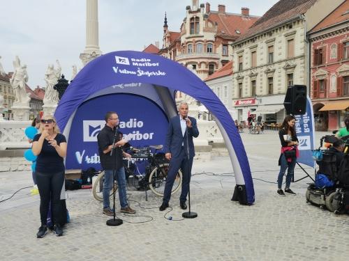 Župan MOM pozdravlja sodelujoče na Dnevu mobilnosti invalidov